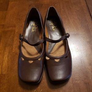 Life Stride Women's Daydream Shoes Size 9